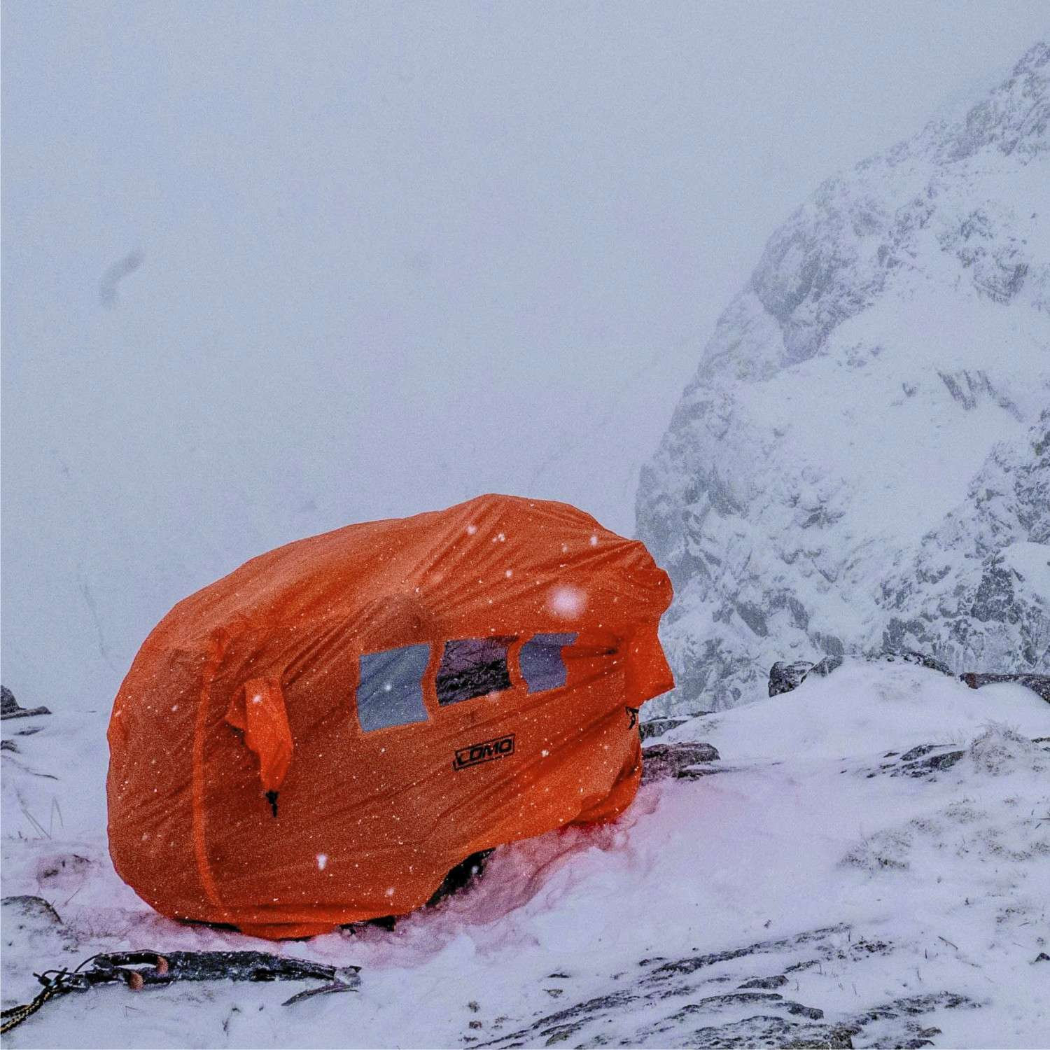 Shelter From Storm With Devices >> Emergency Storm Shelter 2 3 Man Bothy Bag